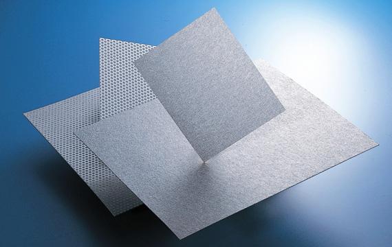 快適な環境、空間を求め開発したアルミ繊維製吸音材